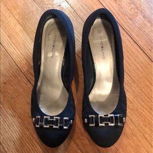 Size 8 Black Bandolino Wedge Heel